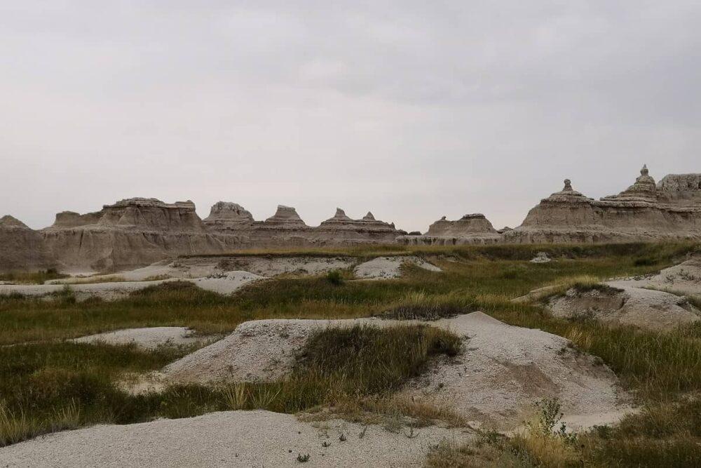 Rock formations in Badlands NP.