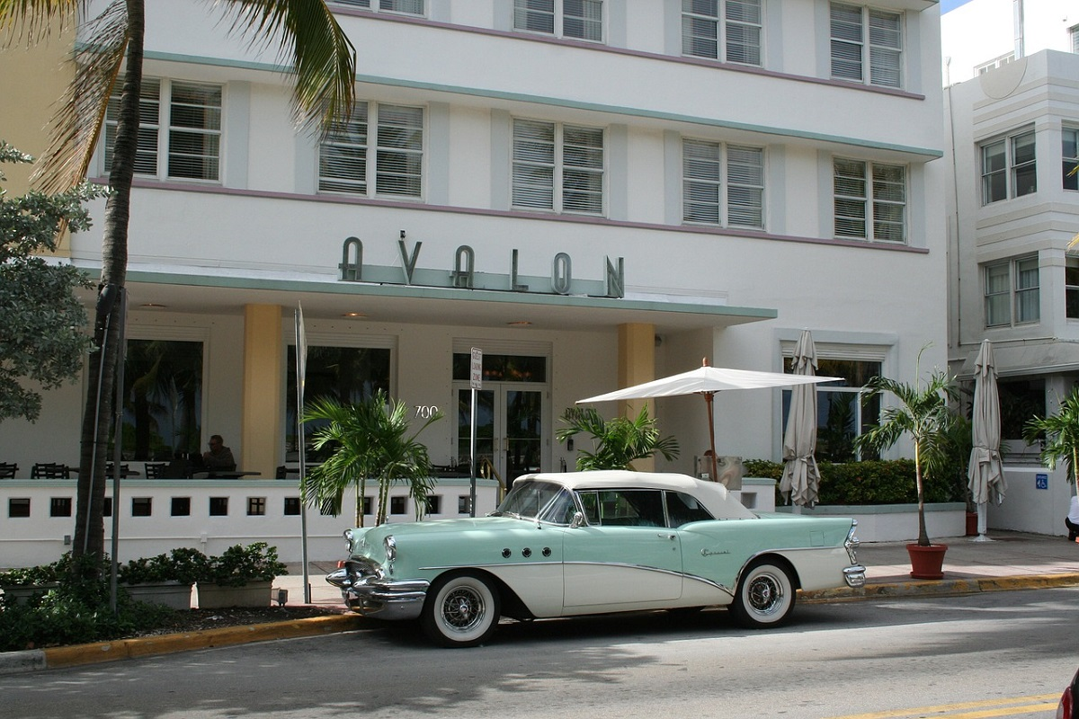 Road trip to Ocean Drive in Miami