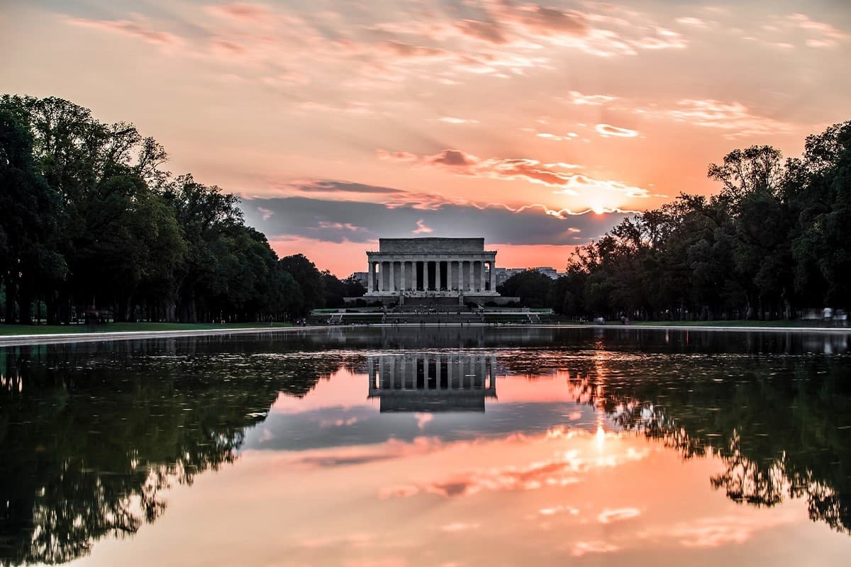 You are currently viewing An evening walk in Washington, D.C