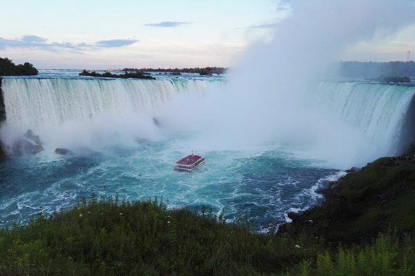 Spectacular road trip to Niagara Falls from Florida