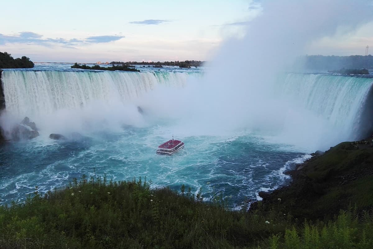 Spectacular road trip to Niagara Falls from Florida