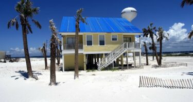 The optimal beach getaway to Pensacola Beach, Florida