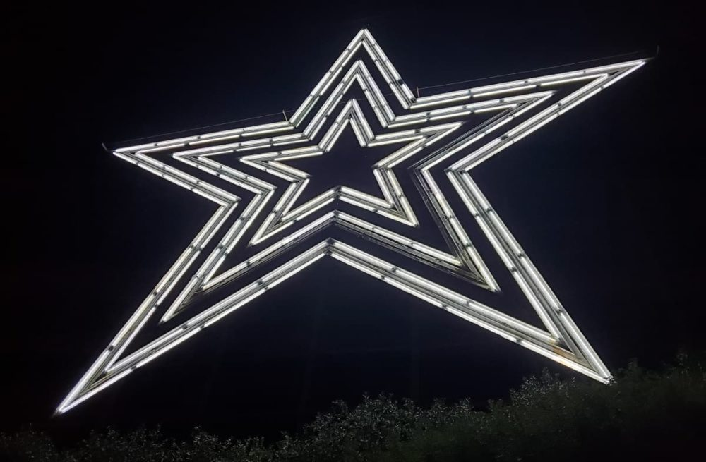 The Roanoke star during cross country road trip