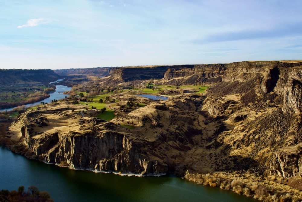 The road trip route takes you to Snake River Canyon