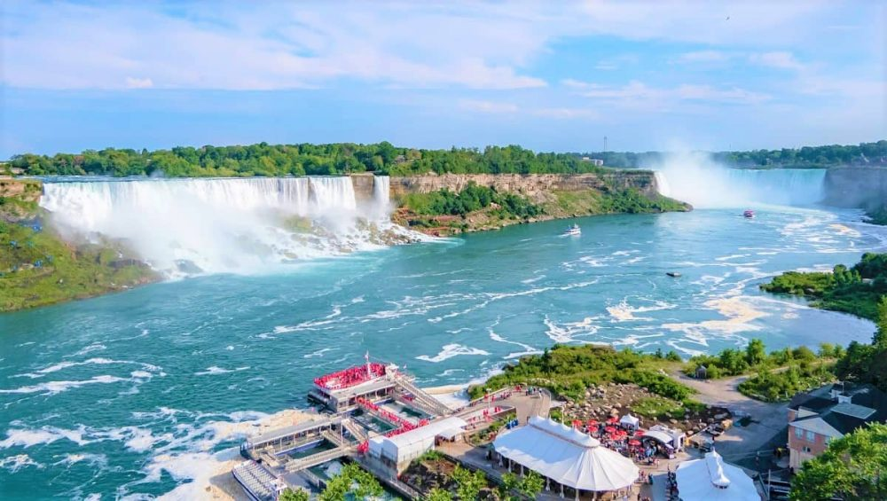 Niagara Falls during daytime