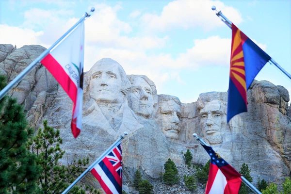Where to stay near Mount Rushmore, SD